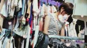 天使降臨キターーー\( ;∀;)/ーーー!!! 辺鄙な場所へ舞い降りた、美人な上にナイスバディのお姉さん 僕のお店の試着室170