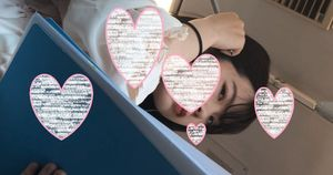【顔フェチ&カメラ目線】美しい肌の若い娘の顔に接近!!