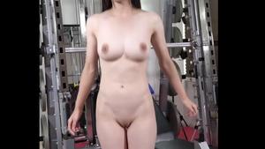 コスプレ全裸トレーニング
