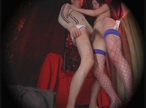 人妻ストリッパー 錦●町違法劇場の過激映像 本番まな板ショー隠し撮り 02