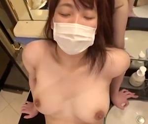 【個人撮影】美巨乳女子大生をハメ撮り!