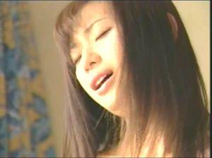 【無修正】【流出】 人気女優の貴重な流出動画です。