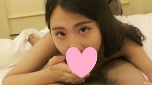 【個人撮影】舌ピギャルをお風呂で立ちバックからのベッドで足舐めさせて最後は口内発射!
