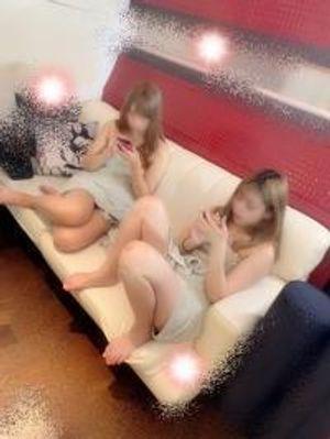美女ギャル3P連続中出し ギャル竿姉妹①ゆうちゃん&⑧りせちゃん[高画質海外版有]