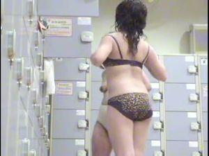 Female Bath Locker Room 01