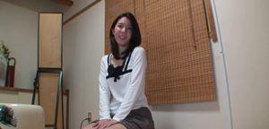 「無修正」ヒミツ なつこ(32歳)