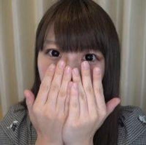 【個人撮影】しろたん21歳の大学生★アイドルオタクの童顔美女は笑顔の綺麗なパイパン娘!ラストは大量中出しでオマンコから精液が大逆流!