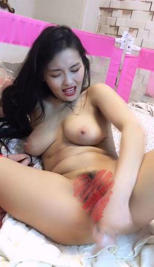 【無修正】母乳を絞り取る美巨乳痴女