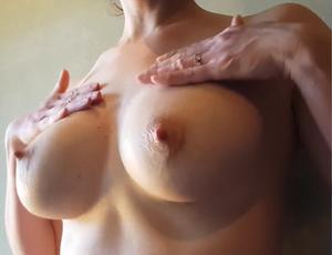 母乳絞り【NTR】母乳の出るGカップの爆乳グラマー美人妻を寝取ってハメ撮り搾乳プレイ【総集編】