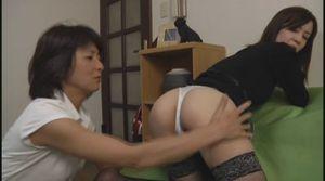 鬼姑のお仕置きレズ調教 04