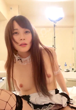 【無】メイドコスプレの美白美人と個人撮影のハメ撮り