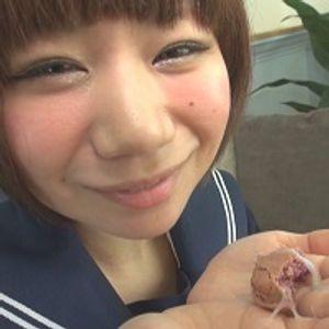 【BUKKAKE】★セー○ー服あきちゃん♪白ソースあえマカロン完食♪