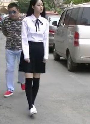 【無修正】中国系 清楚な女性 通りすがりに・・・凌辱