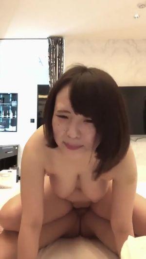 【個人撮影】パイパンぽっちゃり巨乳娘とのハメ撮りセックス 痩せたらカワイイ女の子です