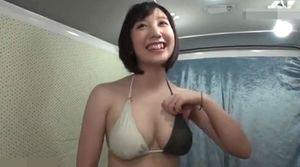 【巨乳人妻】海で夏目〇久似の巨乳人妻をナンパしてハメちゃいました!
