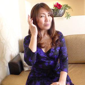 《熟女》見るからにエロい淫乱熟女◆カメラの前で欲求不満をぶちまける!!
