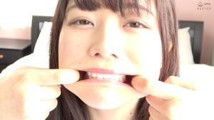【歯・口内フェチ】大人気女優 宮沢ちはるチャンのエッチな歯&舌ベロ&口内動画