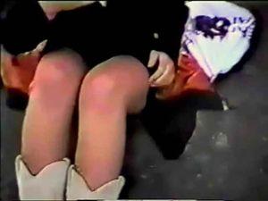 完全顔出し・素人ビデオ オリジナル作品第1弾 野外の女 「モザ無」発掘動画