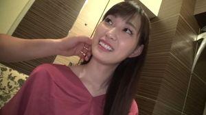スレンダー美巨乳の20歳女子大生が初ハメ撮りで何度も絶頂して喘ぎまくる