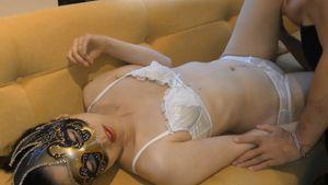 【個人撮影】43歳熟女妻の体は熟れ尽くした後の輝きに満ちて 丁寧な愛撫と相まって突き抜けた恍惚を感じてる・・・