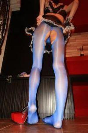 〈現役モデルin高級交際倶楽部〉【4K撮影】メディアでも紹介された会員制倶楽部で出会ったスレンダーで超美脚な彼女を口説いて過激フェチ動画を撮ってみた!(おまけ付き35分)