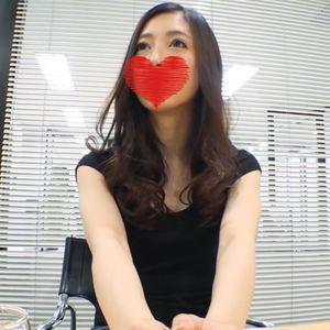【顔出し】スレンダー美女素人 美尻極細Tバック 手マンで中イキ編【流出 高画質】