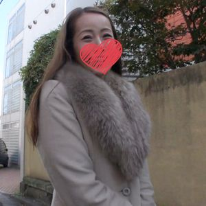 《ハメ撮り》色気ムンムン奥さんとハメ撮りSEX!おチ●ポを愛おしそうに触る姿がたまらなくエロい?