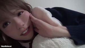 【オススメ!!】可愛すぎる女の子と制服コスプレセックス!