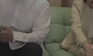 【個人撮影】ガバ穴拡張熟年母ユルユル熟マンコを引き延ばすようにめり込んでいくフィストが夫婦円満の秘訣
