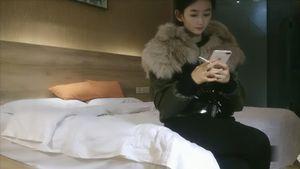 【個人撮影無修正】18歳現役女子大生援助交際ビデオ流出。