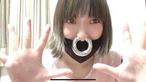 みんとの動画!#43 セプタム(鼻輪ピアス)を拡張した鼻の中身…