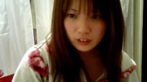 【ライブチャット】禁煙中の美乳お姉さんの着替えリモ