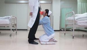 【7月19日まで期間限定価格】無人の病室でドクターのペニスをしゃぶるスケベ看護師