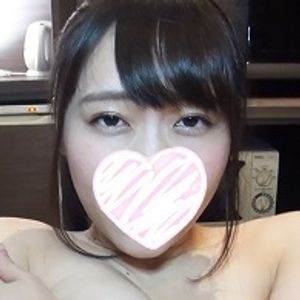 【個人撮影】No.020 みなみちゃん★グラマーで可愛い美人女子大生。揺れるおっぱいに本気で感じるエッチは最高です★【完全顔出し】