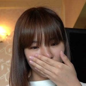 【個人撮影】初撮り★まゆみ18歳の素人パイパンJD!スレンダーボディの18歳は経験人数1人のウブっ子!人生初の中出しを経験させちゃいます!