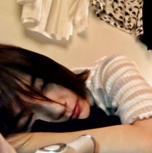 【個人撮影/中出し】フォロワー8万人↑の日韓ハーフ女優と業界関係者?の枕営業らしき映像…※予告なく削除有り
