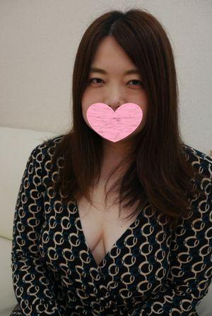 【新作1600pt→1200pt12月15日まで】【初撮り】40歳 美乳ポチャ奥様とハメ撮り!!全身性感帯でイってイってイキまくります!!【高画質あり】