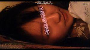 綺麗な目をした可愛いの胸チラ乳首オナニー