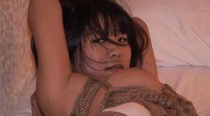 ビジネスホテルに呼んで縛って電マ責めした様子を撮影したら予想以上に感じてイッていた。女子大学生亜矢