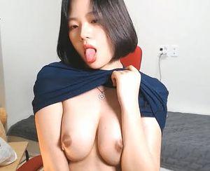 大特価300pt!!極上韓国人美少女のエロチャット コリアン娘 美乳 ライブチャット 流出 korean t4