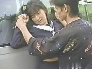 (無)【昔の名美人】★★ 河合〇保 突然襲ってきた男に車内に連れ込まれ,可愛いオマンコに肉棒が侵入していきます。