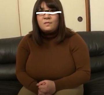 生活保護をうけてる40代女性 土下座したらセックスあせてあげる イケメン男優お願いね!【個撮】