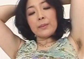【マニア向け】見事な腋毛とマン毛の木下雪絵 45歳 Dカップ