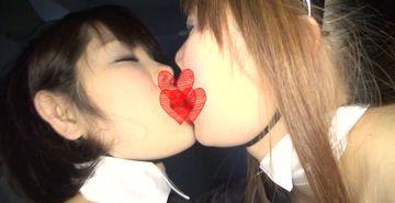 コスプレ衣装のままレズプレイでお互いハメ合いオナニー!!
