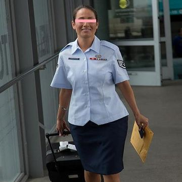 2か月間海外出張していた某大国のエリート空軍女性士官と下っ端新人兵士が機密並みの関係でベッドでは立場逆転!しゃぶってハメて若い精子を大量にベロにぶちまけられる衝撃映像を入手!