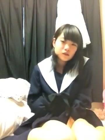 【ライブチャット】可愛い女の子のオナニー!!