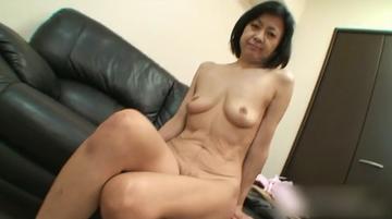 篠田 有美子 53歳