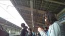 駅の下着の下