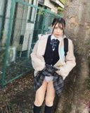【個撮】県立普通科①無垢な色白少女。家庭の事情により助けました。野外露出~ホテルで奉仕。