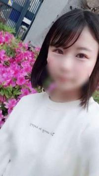 【無修正】幼い色白少女と3p連続中出し(66分)
